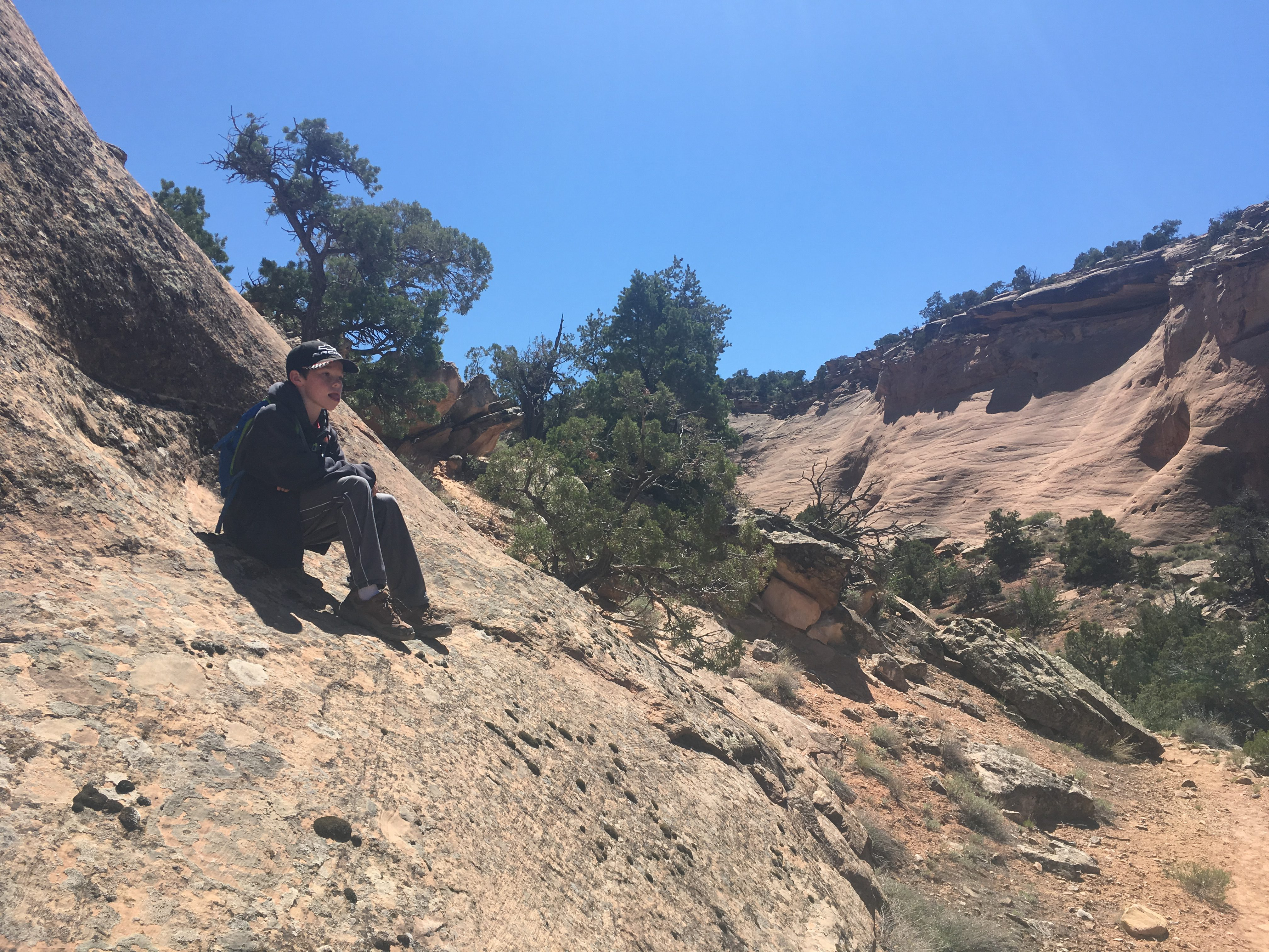 hiking fruita dugway trail colorado national monument